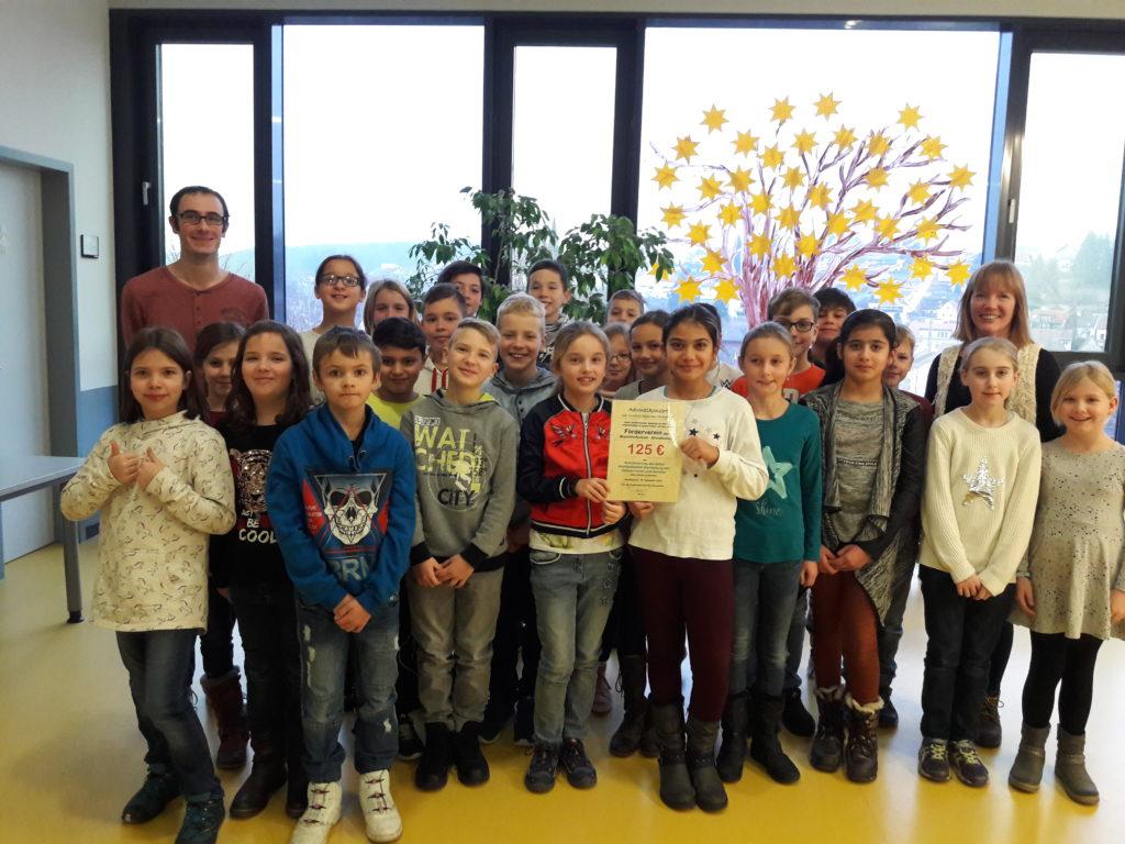 2019-01-07_Uebergabe-Spendenscheck (1)